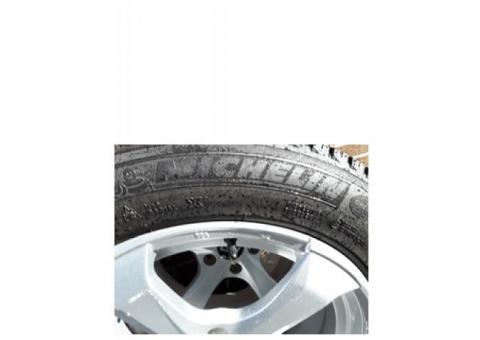 Cadillac CTS Winter Tires & Wheels