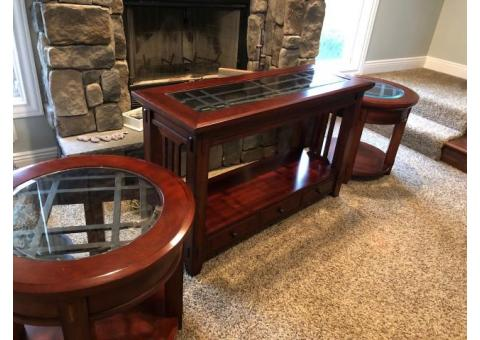 Broyhill Sofa Table and End Tables